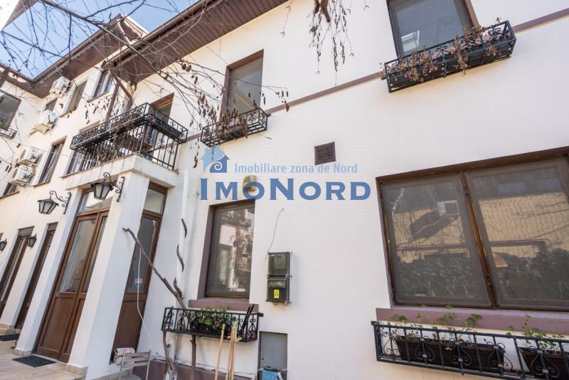 Vanzare parte din vila curte, Casa Radio renovata D+P+E+M