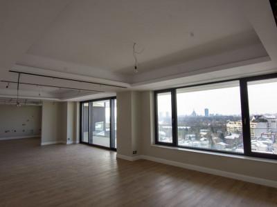 Parcul Herastrau apartament 5 camere in complex nou