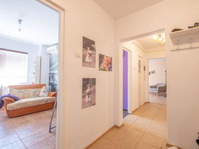 3 camere decomandat, centrală proprie - Tur Virtual - Gorjului