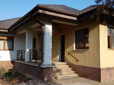 Vila de vanzare zona Otopeni Ferme