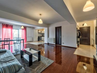 Apartament spatios si excelent pozitionat, loc de parcare in curte, Otopeni!
